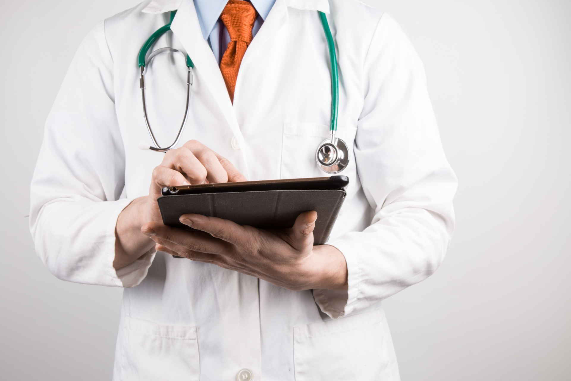 Doctor with Tablet Virtual Care Toronto