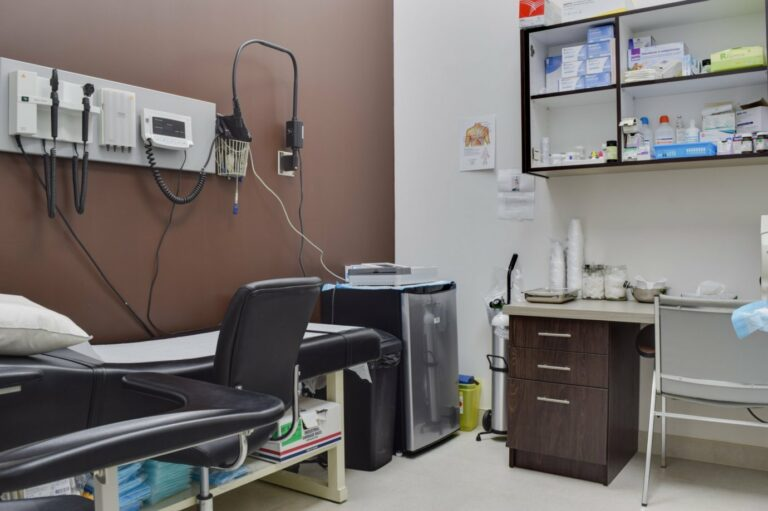 Vital Urgent Care medical clinic toronto